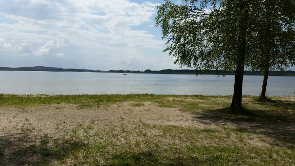 SUPCENTER Rangsdorf - Noch ist der Rangsdorfer See still und ruhig.